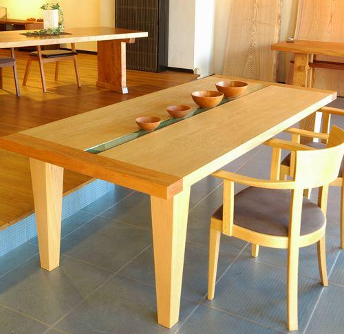 ナラテーブル