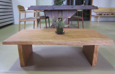 low table 04L34